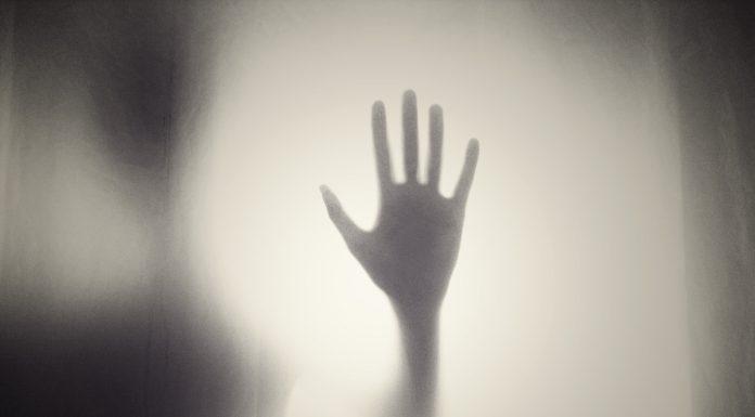 Kako moliti za osobu kojoj dosađuju demoni?