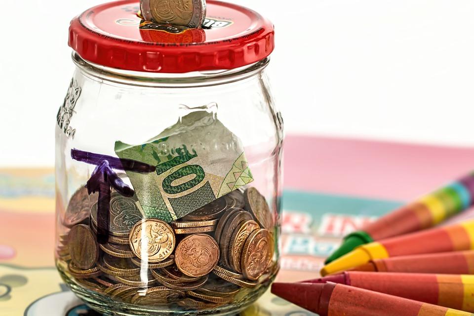 10 navika ljudi koji mudro raspolažu novcem