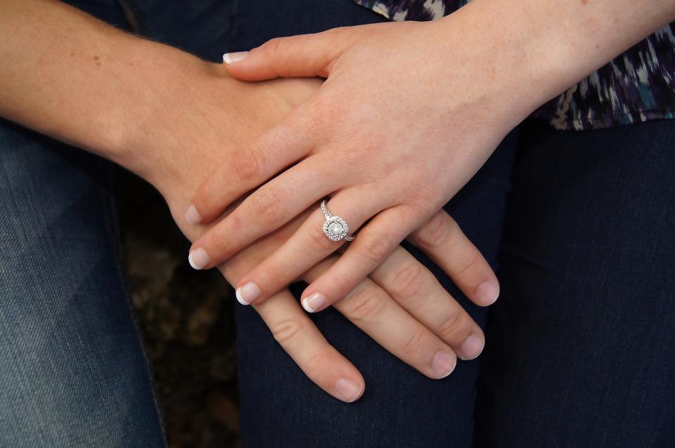 zašto neki ljudi ne paze s kime ulaze u brak