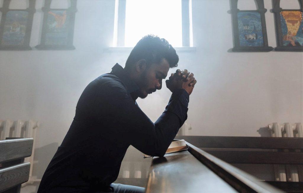 Da bismo prevladali nevolju, ne smijemo usredotočiti na nju, već na Isusovu prisutnost
