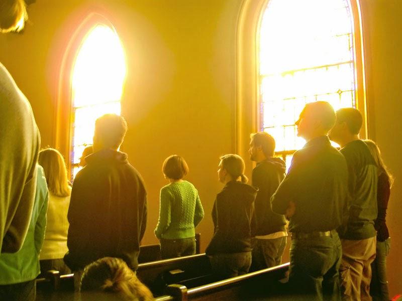 zašto mladi napuštaju crkvu