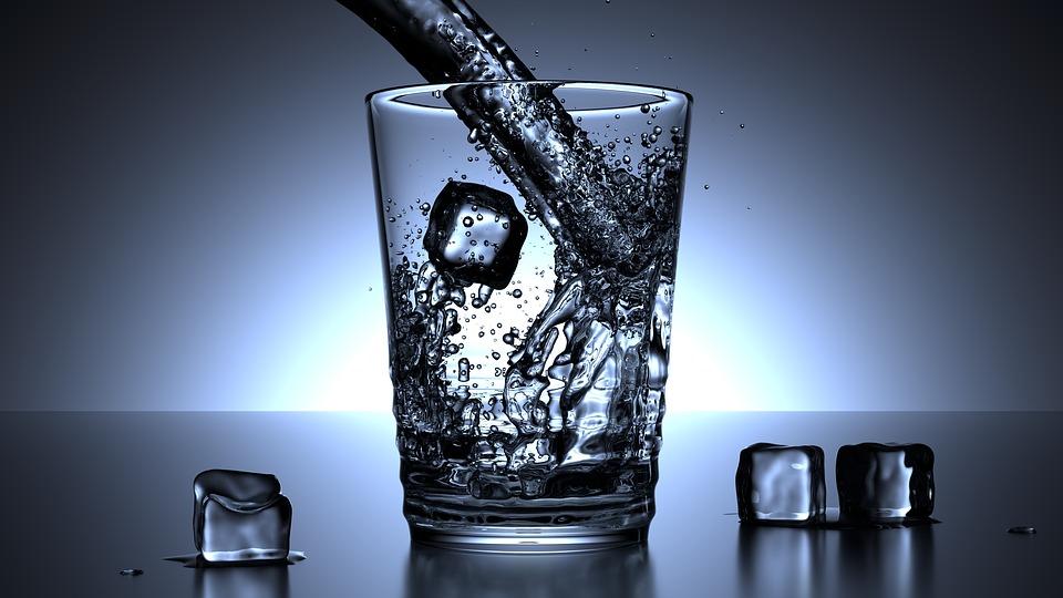 čaša hladne vode