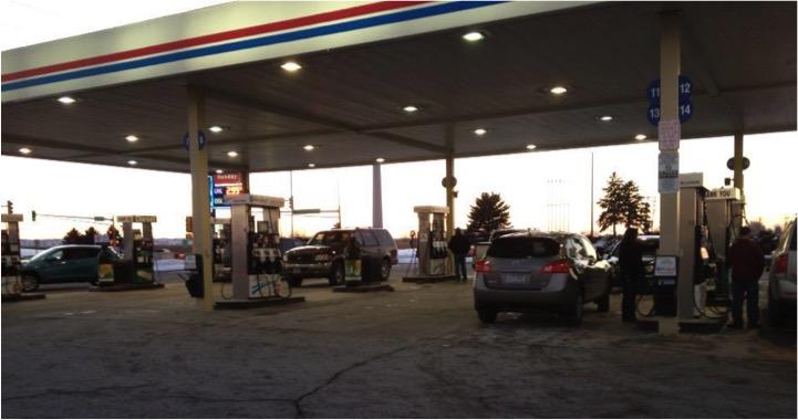 anđeli na benzinskoj postaji