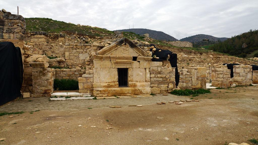 grob apostola Filipa