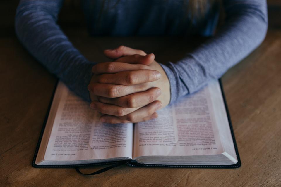 kako možemo čuti što nam Bog govori kroz Bibliju