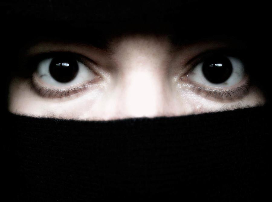 Švicarci žele zabraniti nošenje burki