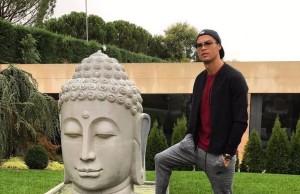 Ronaldo fotografija budisti