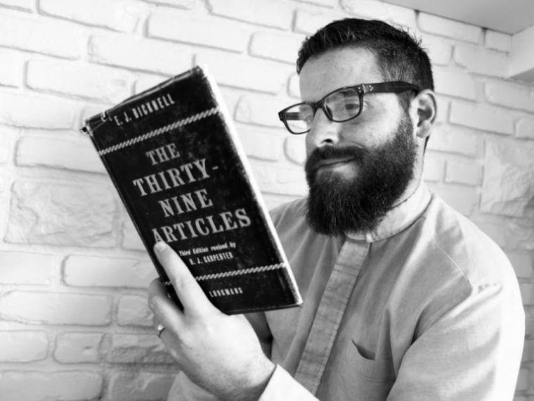 anglikanski svećenik