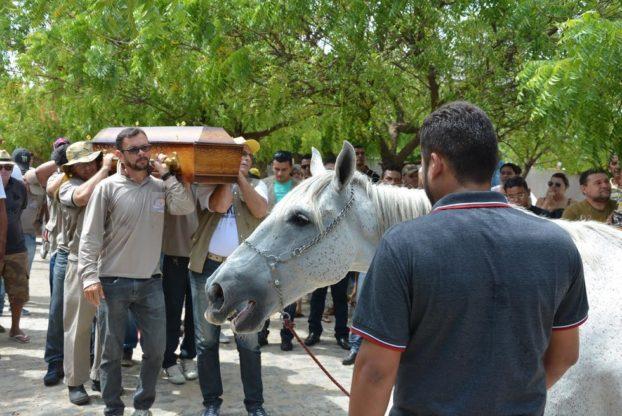 konj-sahrana-7