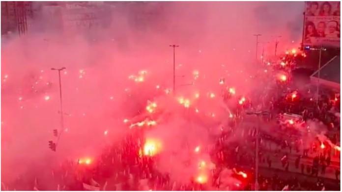 60 tisuća Poljaka izašlo na ulice pod zastavama Isusa Krista