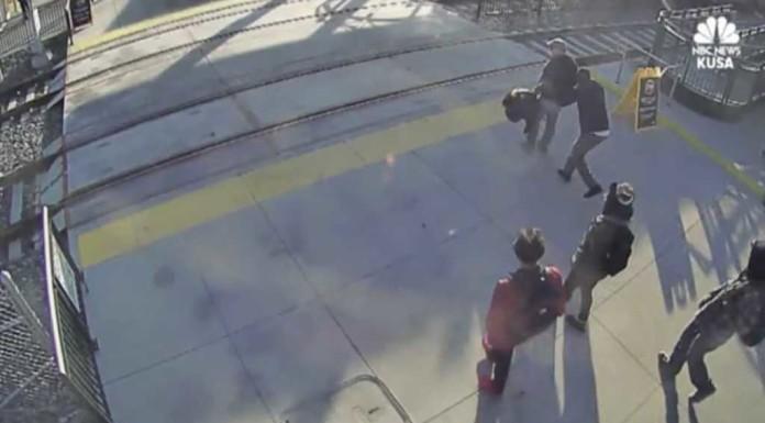 Misteriozna osoba spasila slijepca samo nekoliko sekundi prije naleta ubojitog vlaka