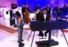 5-godišnji dječak pjeva o Isusu