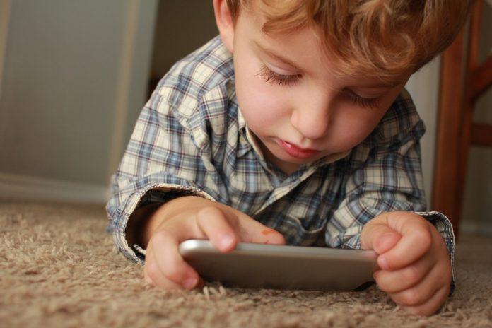 mobiteli utječu na djecu