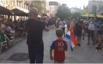 Dječak prošetao Bruxellesom s hrvatskom zastavom
