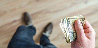 Pohlepa za novcem je izvor svih zala što to znači voljeti novac