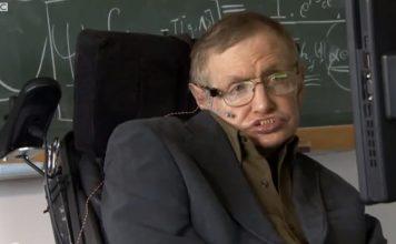 Stephen Hawking snimio poruku prije smrti o Bogu i zagrobnom životu