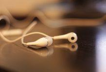 Milijardu mladih bi ZBOG OVOGA mogli izgubiti sluh
