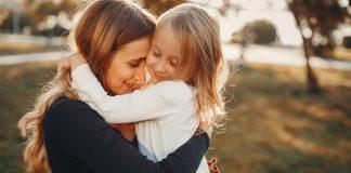10 stvari koje dijete mora naučiti u djetinjstvu kako bi bilo sretnije kada odraste