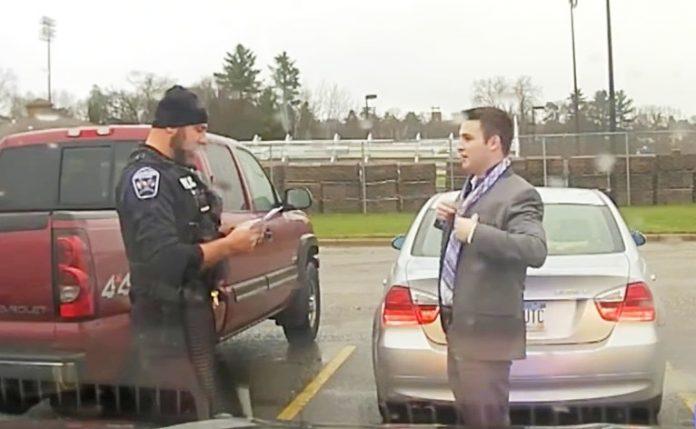 policajac zaustavio studenta zbog prebrze vožnje