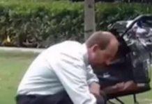 Čovjek s praznim dječjim kolicima nije mislio da ga itko gleda, a onda je razotkriven