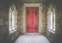 Geslo koje bi trebalo stajati na ulaznim vratima svake crkve