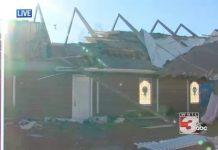 """Tornado je uništio krov crkve dok je 40 predškolaca u njoj pjevalo """"Isus me voli"""""""