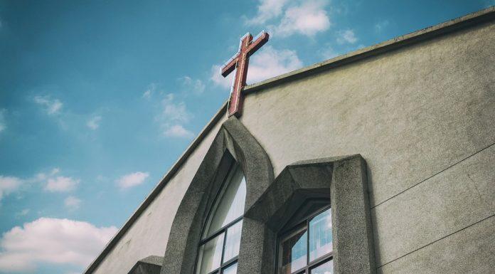 KINA: Policija uhitila i pretukla kršćanski bračni par