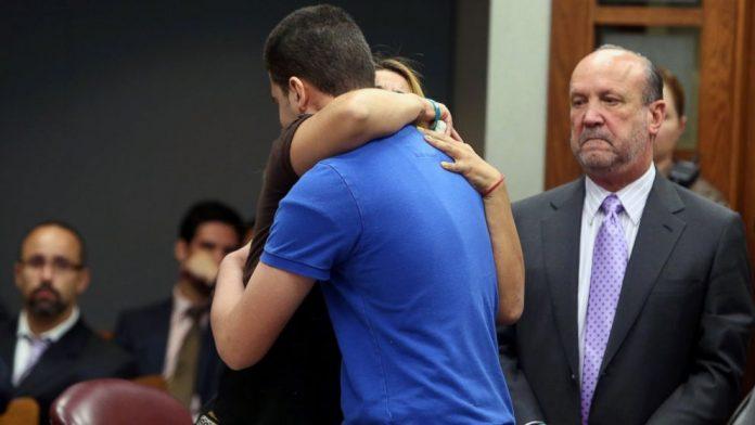 majka zagrlila ubojicu kćerke