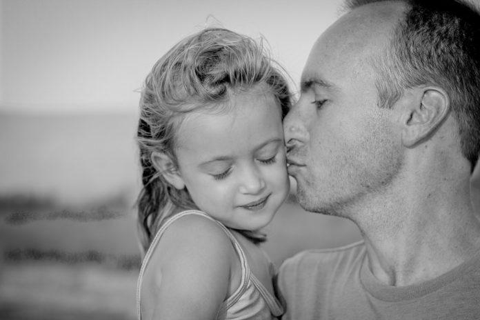 6 nepopularnih istina koje kćeri trebaju čuti od svojih očeva