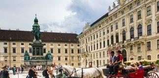 Austrijanci sve manje vjeruju u Boga