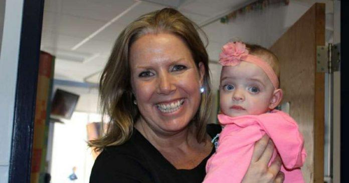 medicinska sestra posvojila djevojčicu