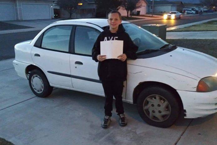 13-godišnji sin kupio svojoj samohranoj majci automobil