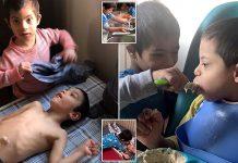 Dječak s Downovim sindromom pomaže u brizi oko svoja tri brata invalida