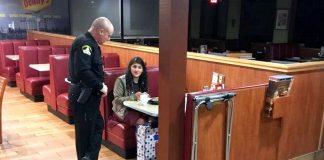 Policajac uočio usamljenu djevojku