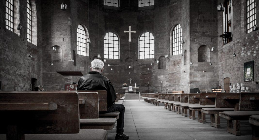 Trećina njemačkih protestanata i četvrtina katolika ne vjeruje u Boga
