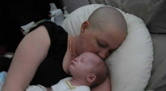 Mama oboljela od raka odlučila je zadržati svoju bebu, unatoč preporukama za pobačaj