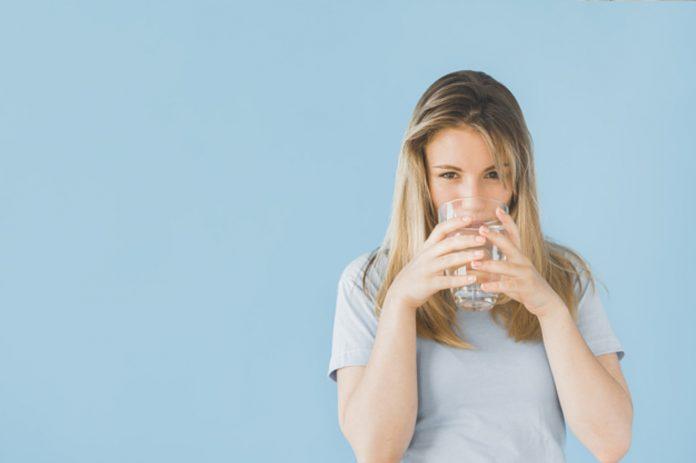 NAJBOLJA METODA: Kako očistiti jetru vodom