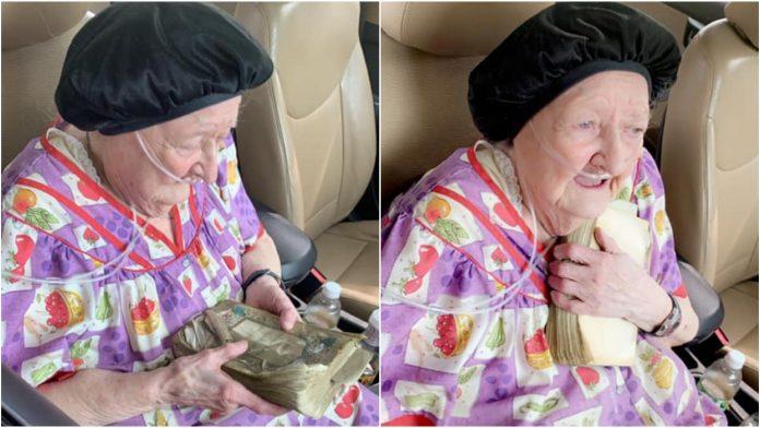 Starica (90) u požaru izgubila sve osim Biblije koju ima 75 godina