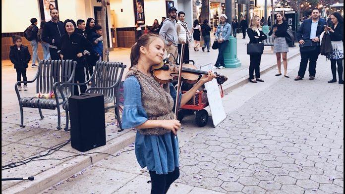 Uzela je violinu i počela svirati, prolaznici nisu mogli vjerovati što čuju