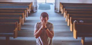 Budi ustrajan u molitvi, jer Bog radi za tebe
