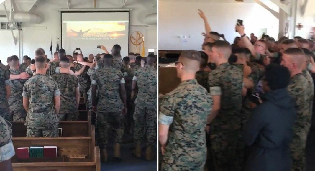 Kamera uhvatila vojnike koji su radosno slavili Boga