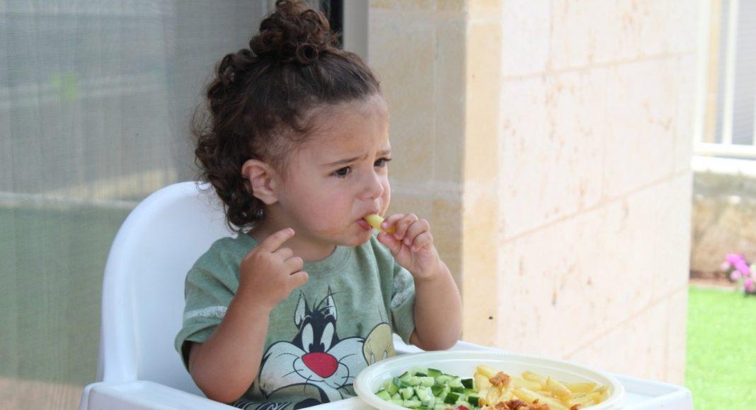 15 namirnica koje djeca ne bi smjela konzumirati