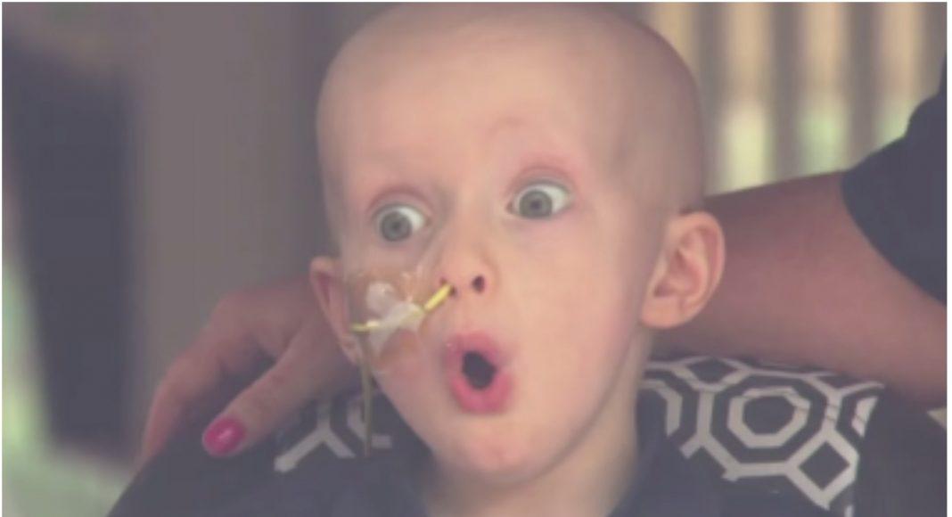 Dječak zbog tumora na mozgu ne smije van iz kuće, no mještani su učinili nešto divno