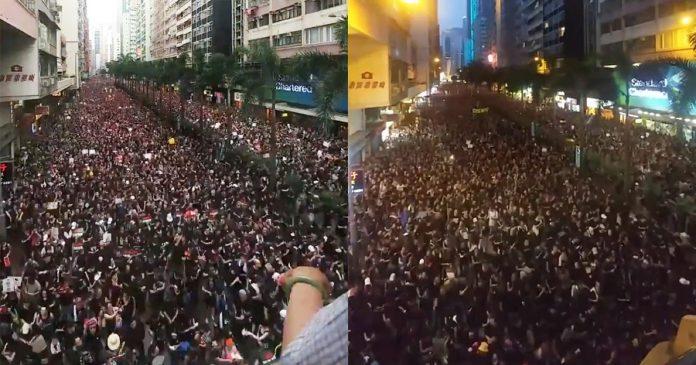Masovni prosvjed kršćana u Hong Kongu: Poslušajte što pjevaju!