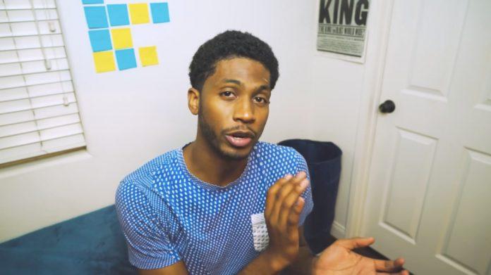 YouTube zvijezda dijeli svoje zastrašujuće iskustvo s pornografijom