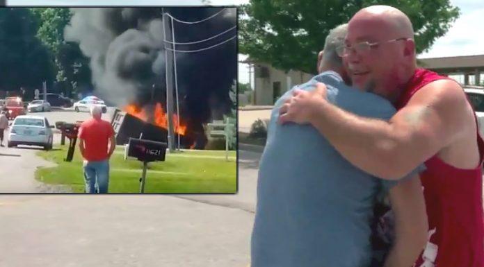 """""""Anđeo čuvar"""" izbavio čovjeka iz požara nakon prometne nesreće"""
