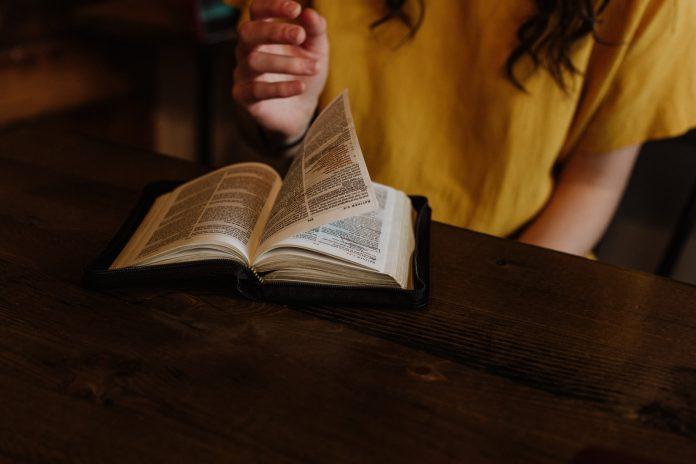 Bog hoće da se pokorimo njegovoj Riječi