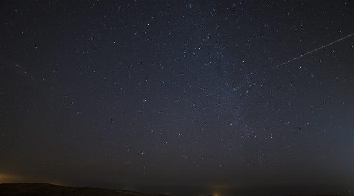 Astronomi uočili komet koji juri prema Zemlji