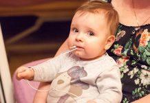 Djevojčica preminula od strujnog udara nakon što je stavila punjač u usta