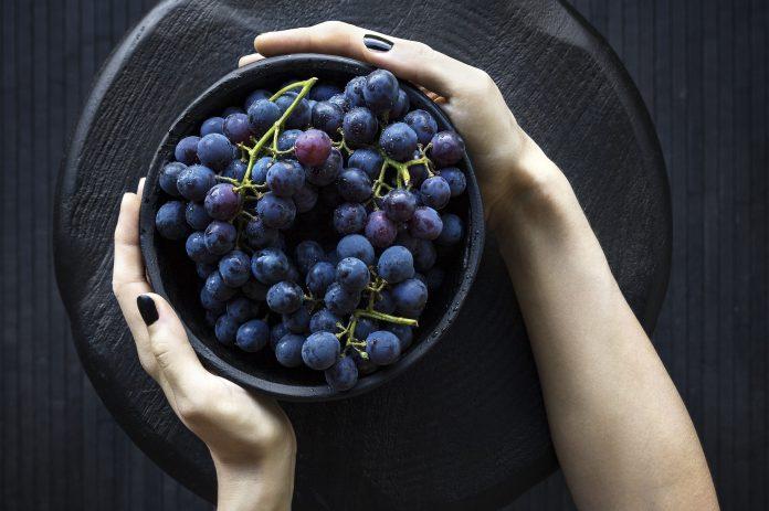 Detoks dijeta od crnog grožđa: Čisti toksine i regulira probavu!